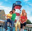 Jan Kralitschka posierte mit seiner Freundin und zwei Kindern für den Europa Park