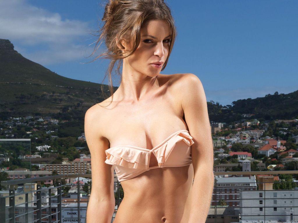 Bachelor: Alissa im Bikini