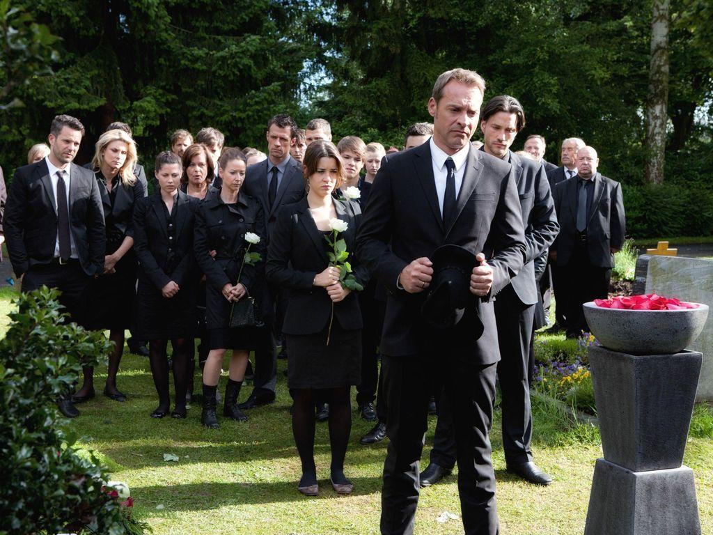 Die Beerdigung bei Unter uns