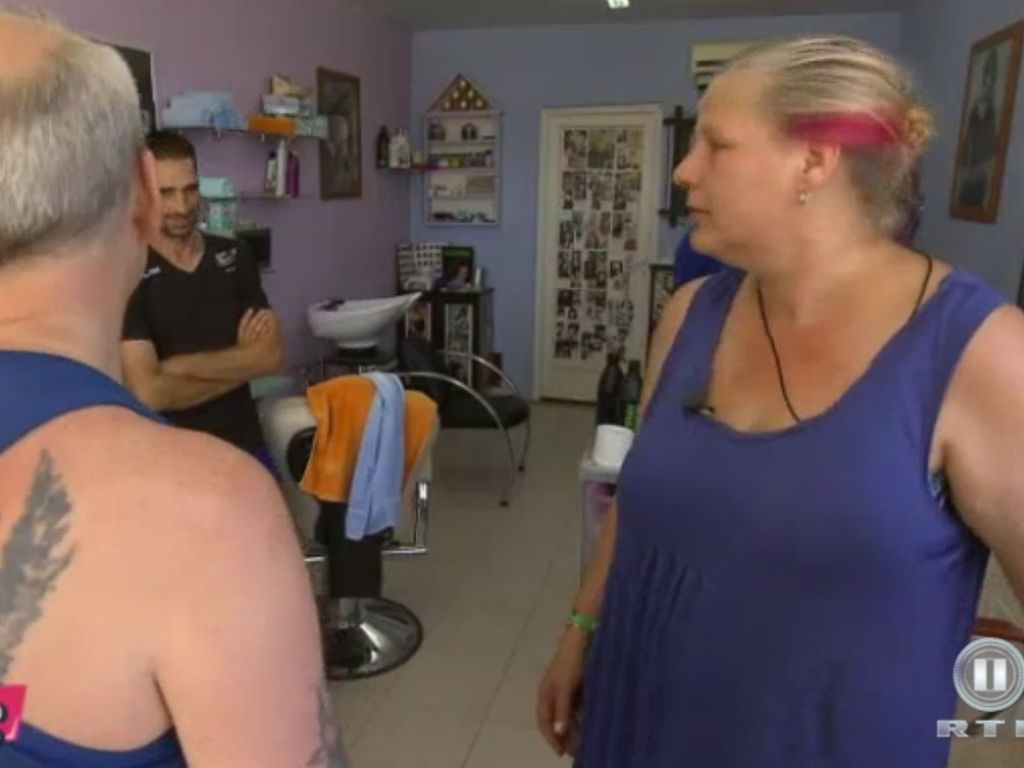 Die Wollnys: Mutti Wollny mit pinken Haarsträhnen