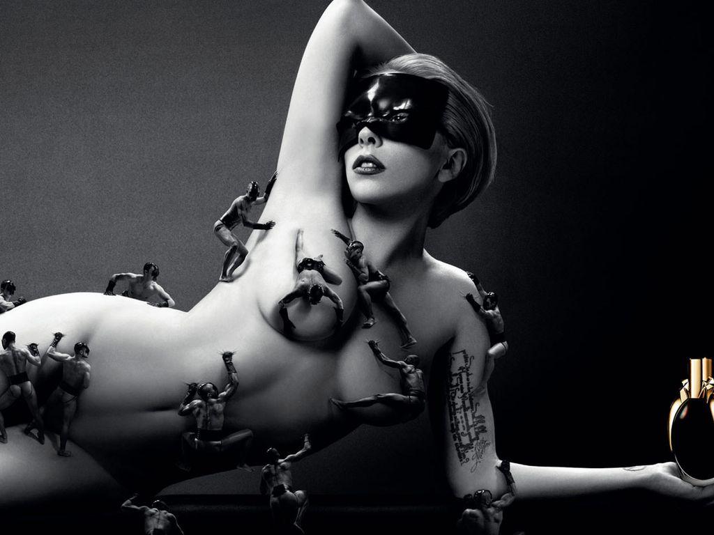 Lady GaGa wirbt für ihr Parfüm