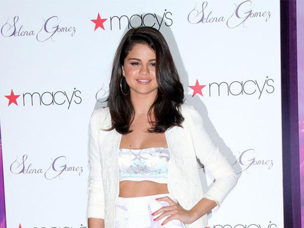 Selena Gomez und ihre Schuhe