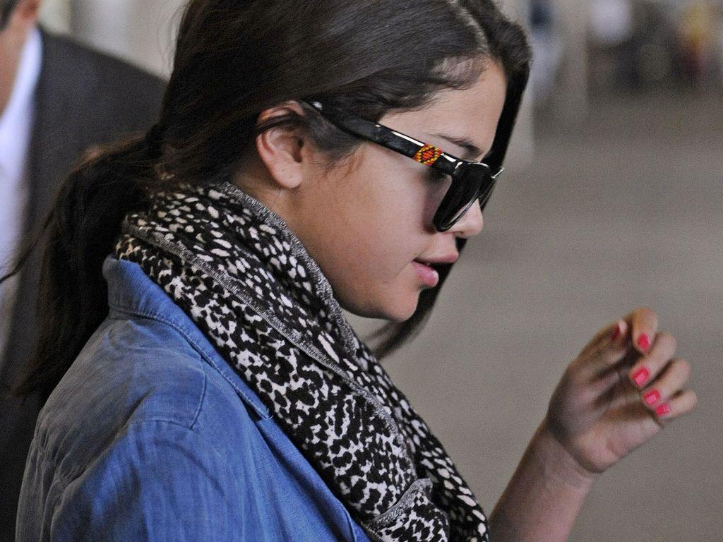 Selena sieht müde aus