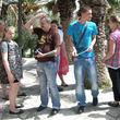 Peter steht auf Ananas und packte direkt den Strohhalm aus, da die Palmen ihn an seine Lieblingsfrucht erinnern