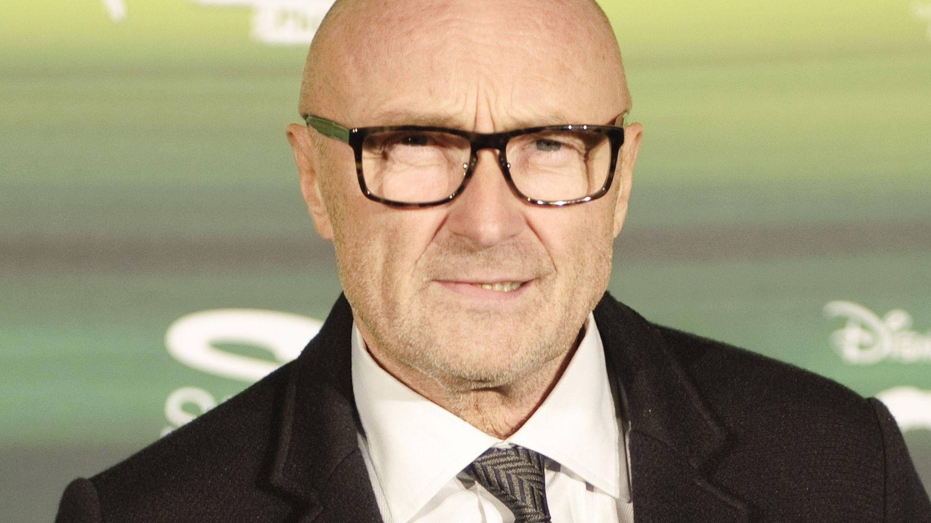 Krasse Beichte: <b>Phil Collins</b> fast immer betrunken - phil-collins-guckt-ernst