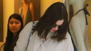 Anne Hathaway shoppt Unterwäsche