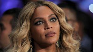 Beyoncé schaut nach oben