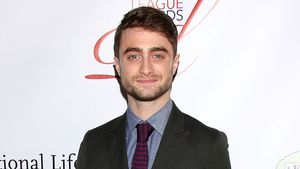 Daniel Radcliffe im Anzug auf dem Red Carpet