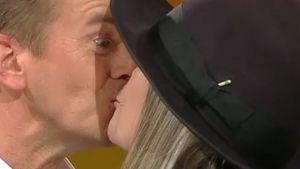 Diane Keaton küsst Markus Lanz