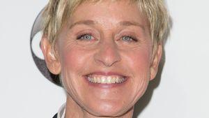Ellen Degeneres grinst breit