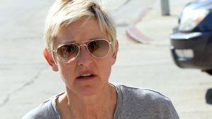 Ellen DeGeneres im grauen T-Shirt