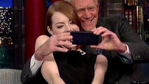 Emma Stone und David Letterman machen ein Selfie