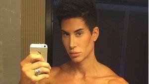 Justin Jedlica macht ein Selfie