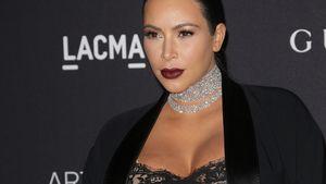 Kim Kardashian mit Diamantenhalsband