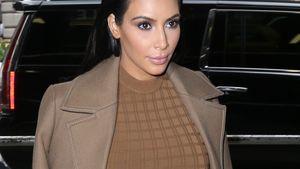 Kim Kardashian mit Gelhaaren