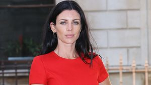 Liberty Ross sexy in Rot