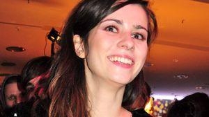 Nora Tschirner lacht