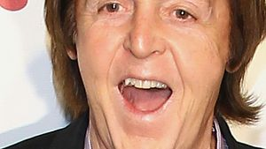 Paul McCartney lacht