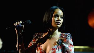 Rihanna singt: 2016 MusiCares Person Of The Year Honoring Lionel Richie - Show