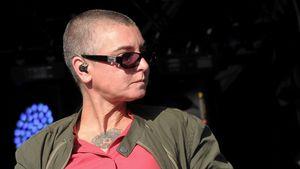 Sinéad O'Connor guckt pikiert zur Seite