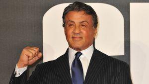 Sylvester Stallone ballt die Faust