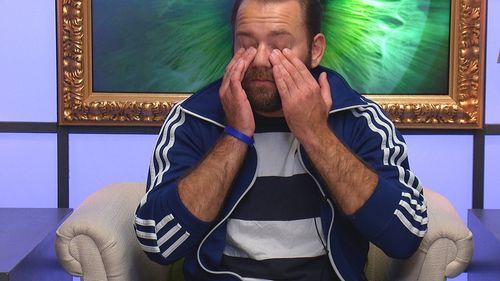 Thomas weint bitterlich