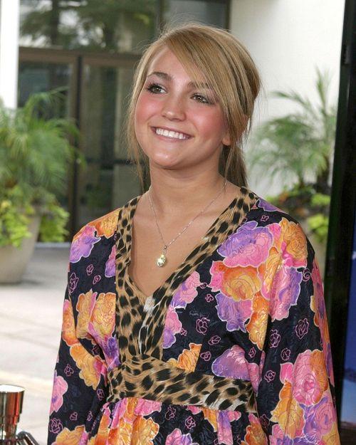 Jamie Lynn Spears gab nun ihr Bühnen-Debüt in Nashville
