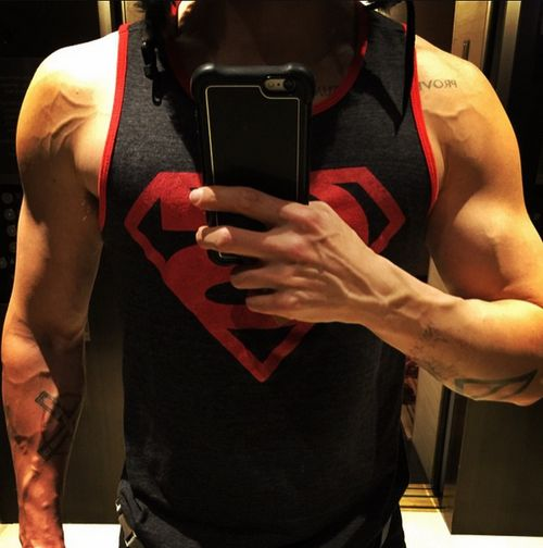 Jared Leto hat sich krasse Muskeln antrainiert