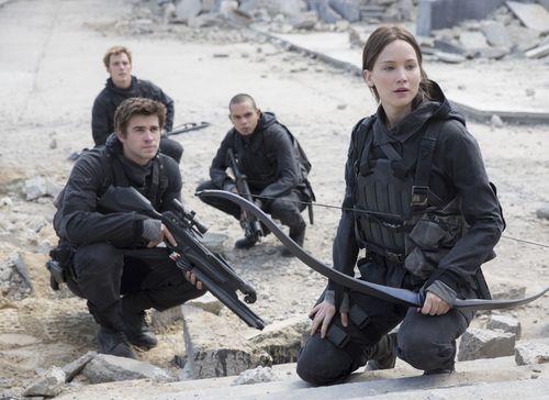 Katniss (Jennifer Lawrence) & Co. ziehen in die letzte Schlacht