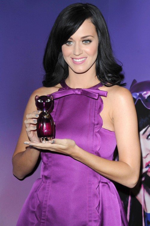 Katy Perry - Katy Perry lanza su nuevo perfume