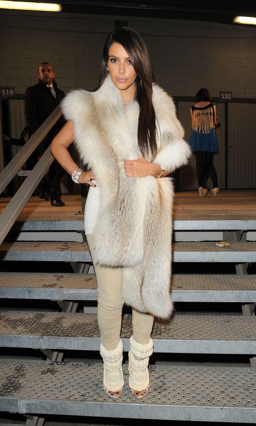 Kim Kardashian im Kanye-Outfit