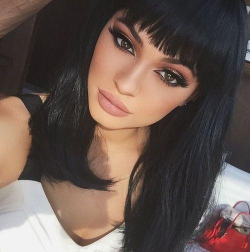 Kylie Jenner liebt ihre großen Lippen