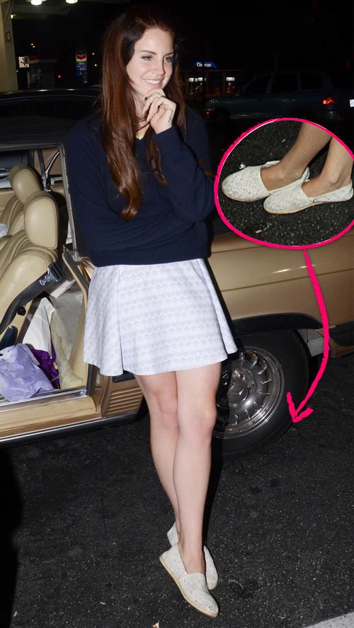 Lana Del Rey trägt im Sommer am liebsten Espandrilles
