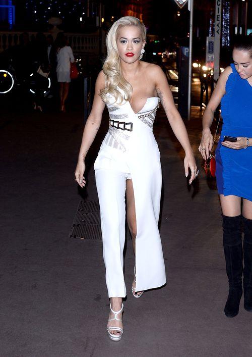 Rita Ora trug in Cannes ein gewagtes Outfit