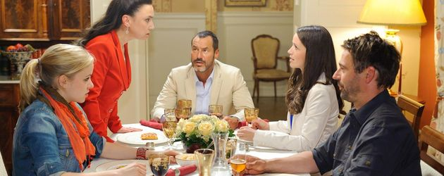 AWZ: Familie Steinkamp am Tisch