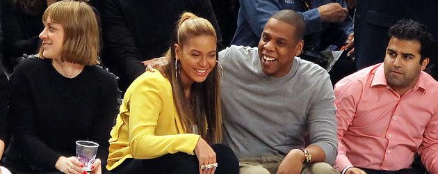 Beyoncé & Jay-Z turteln