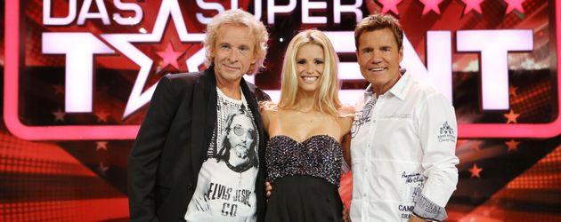 Die Supertalent Jury mit Michelle in der Mitte
