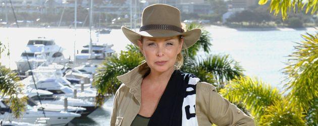 Dschungelcamp 2014: Corinna Drews mit ihrem Luxusartikel