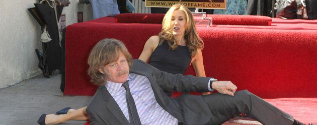 Felicity Huffman und Mann William Macy posieren
