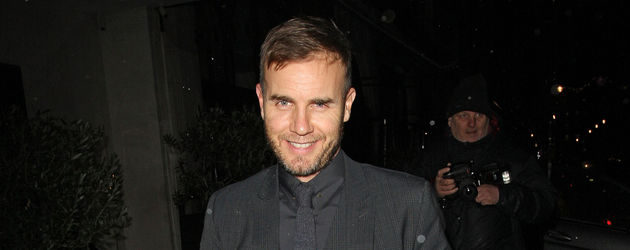 Gary Barlow im schwarzen Anzug nach der X Factor-Show