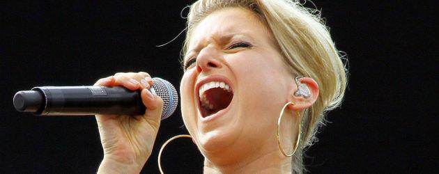 Jeanette Biedermann singt