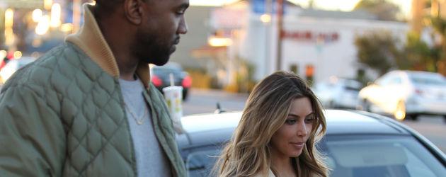 Kim Kardashian und Kanye West unterwegs
