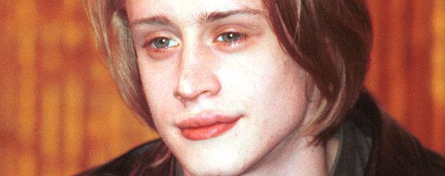 Macaulay Culkin im Jahr 2000 in schwarzer Lederjacke