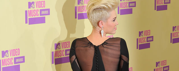 Miley Cyrus bei den VMAs von hinten