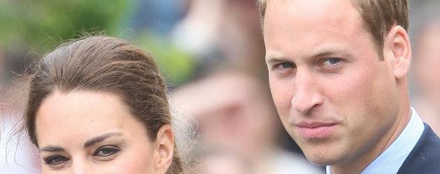 Prinz William und Herzogin Kate lächeln