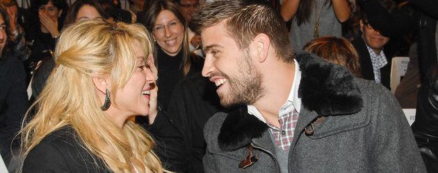 Shakira und Gerard Piqué lachen