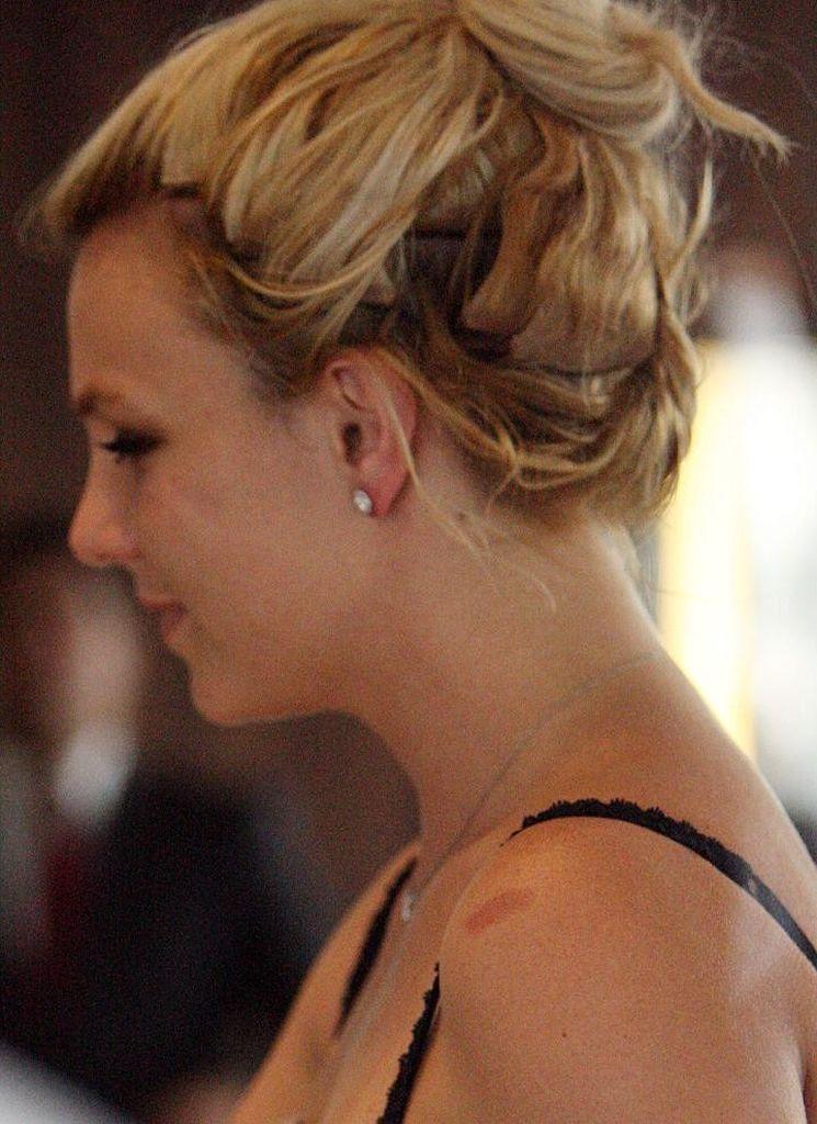 Fotos Britney Spears Tragt Billig Frisur Promiflash De