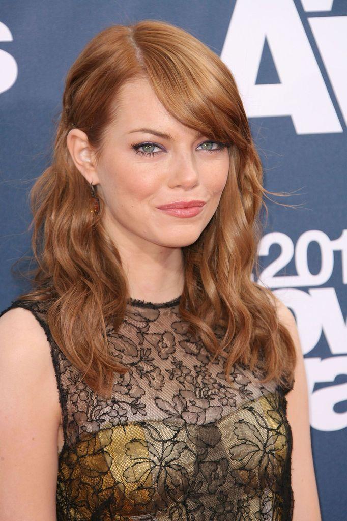 Typveränderung Emma Stone Mit Neuer Haarfarbe Promiflashde