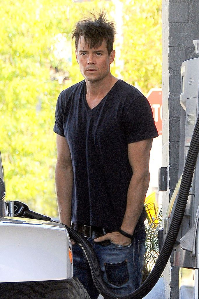 Wochenend Look Josh Duhamel Mit Out Of Bed Frisur Promiflashde