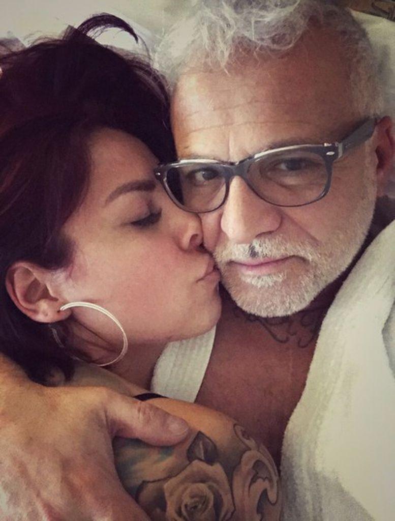 Nach Liebes Aus Nino De Angelos Ex Meldet Sich Zu Wort Promiflash De